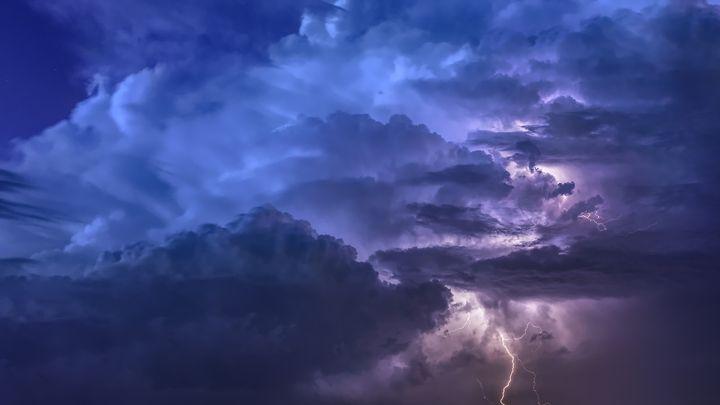 Гроза в небе
