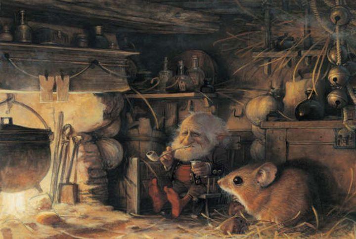 Домовой и мышь