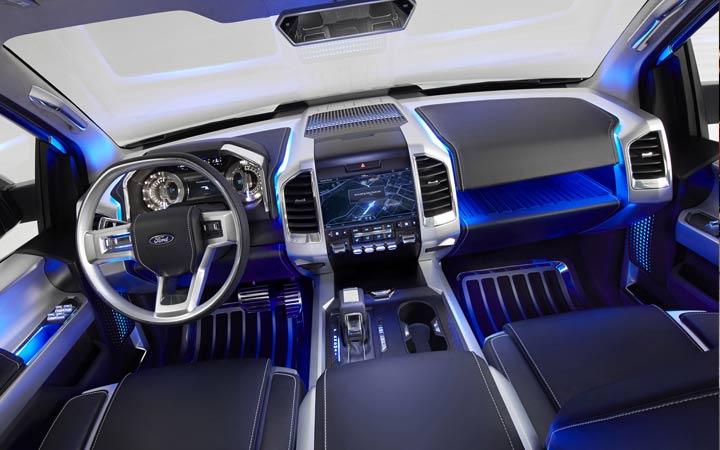 Интерьер Ford Bronco 2020 года
