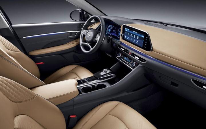 Интерьер Hyundai Sonata 2020 года