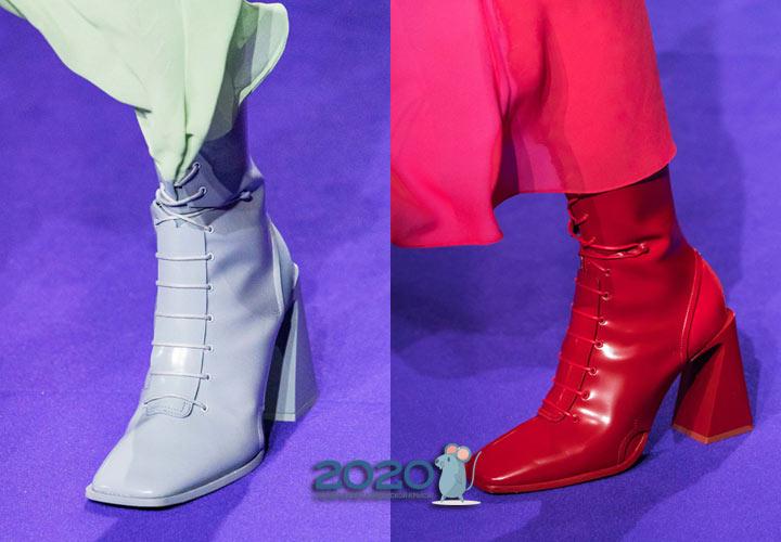 Модные сапоги с квадратным носком осень-зима 2019-2020