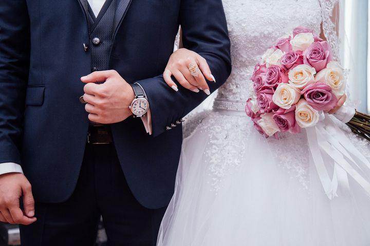 Жени и невеста