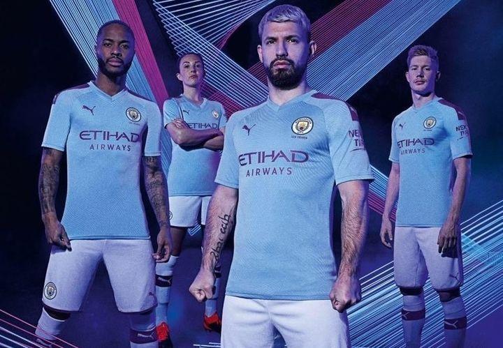 Новая домашняя форма Манчестер Сити 2019-2020 года