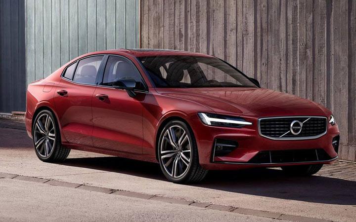 Экстерьер Volvo S60 2019-2020 года