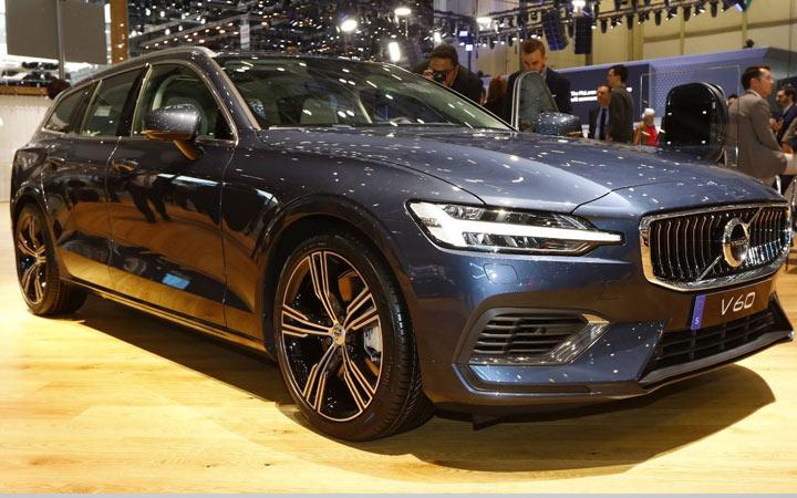 Экстерьер Volvo V60 2019-2020 года