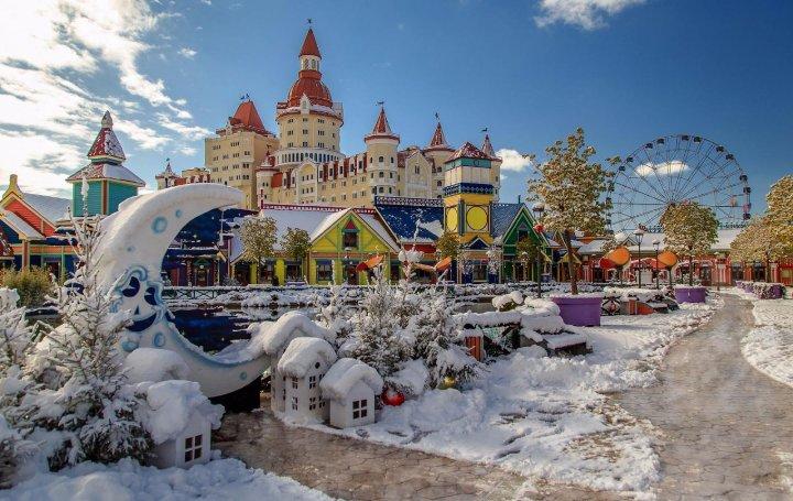 Сочинский парк развлечений зимой