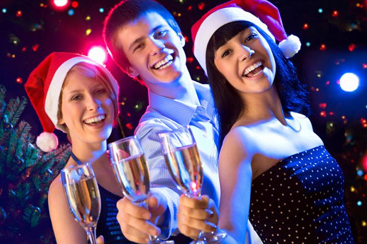 встреча нового года с друзьями