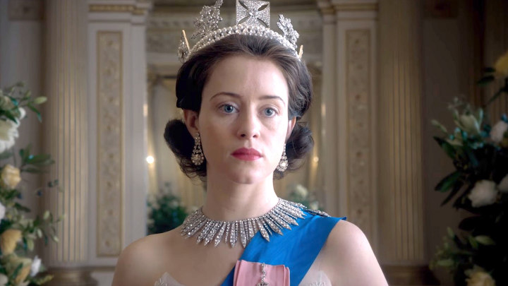 кадр из сериала Корона