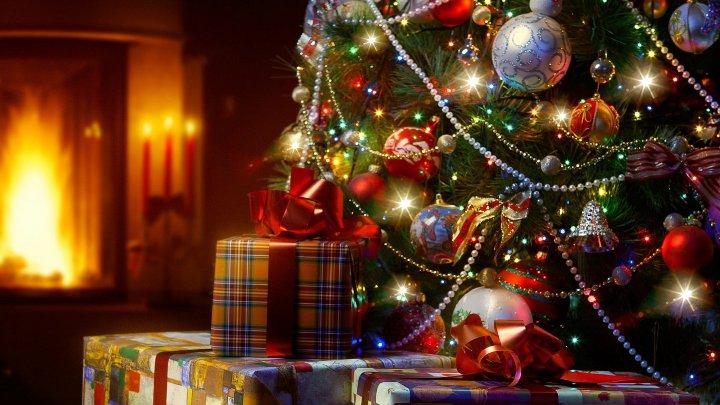 новогоднее убранство комнаты