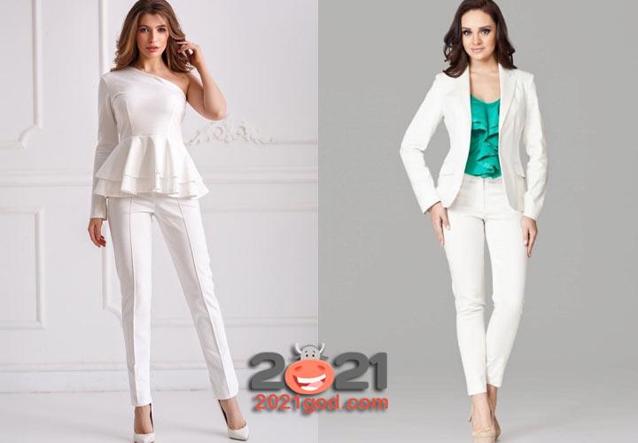 Белый брючный костюм на Новый Год 2021