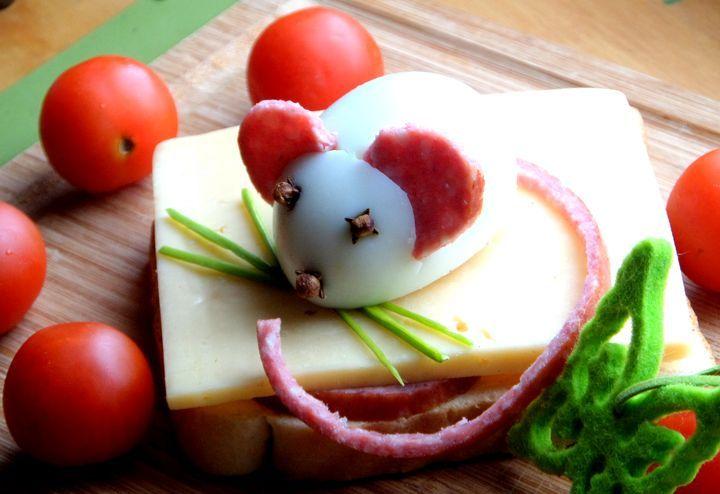 Бутерброд с мышкой