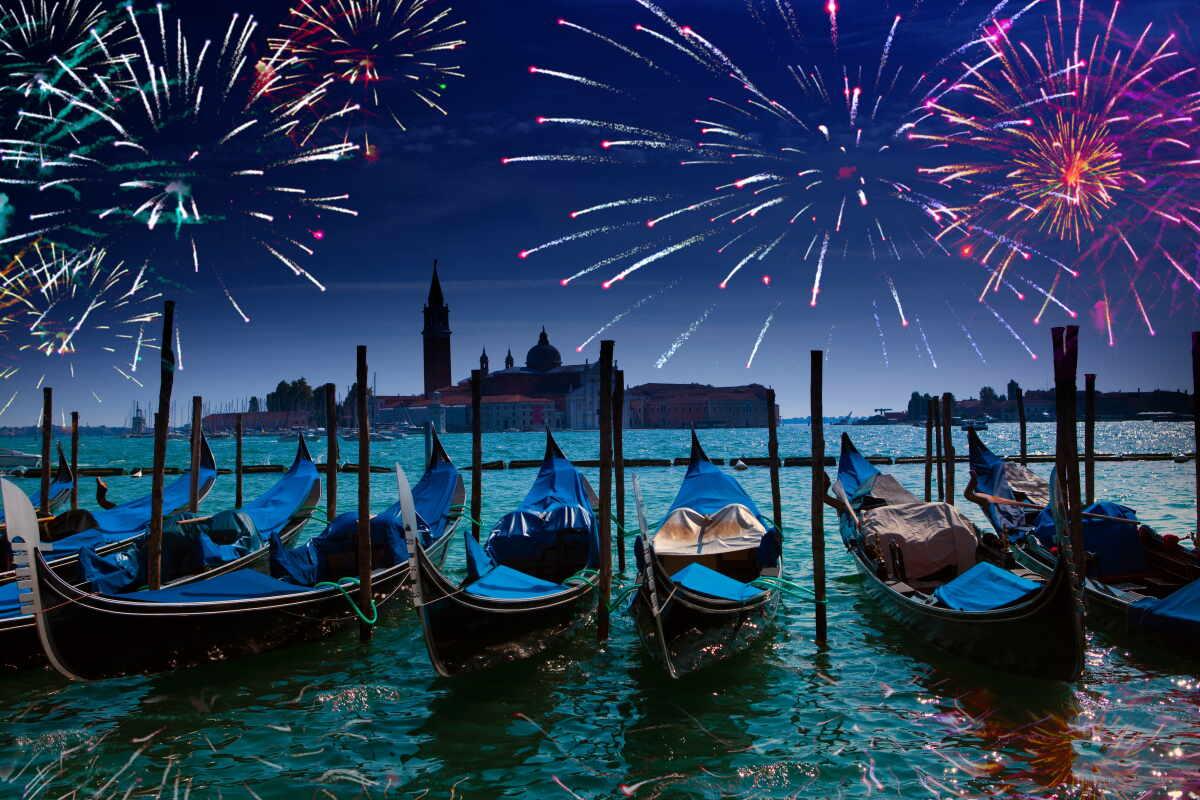 Празднества в Венеции фото