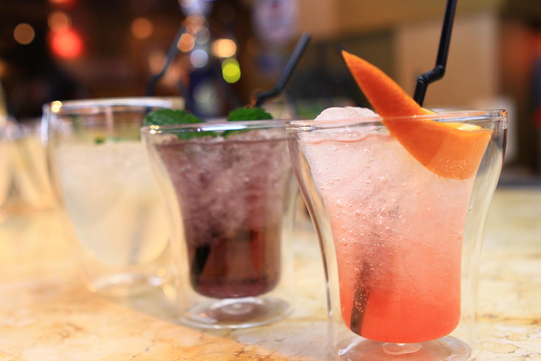 Рецепт простого и необычного коктейля – «Удовольствие» фото